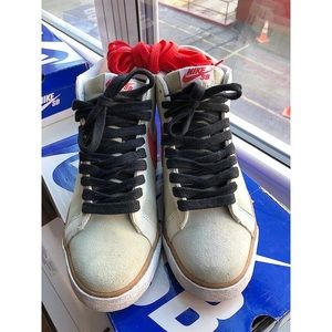 Nike SB Blazer Premium. Size 10